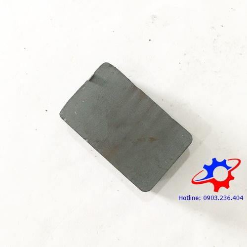 Nam châm hình hộp chữ nhật ferrite 40x25x10mm