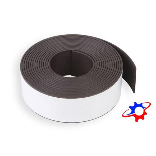 Nam châm dẻo dạng dải có băng keo dài 10mm